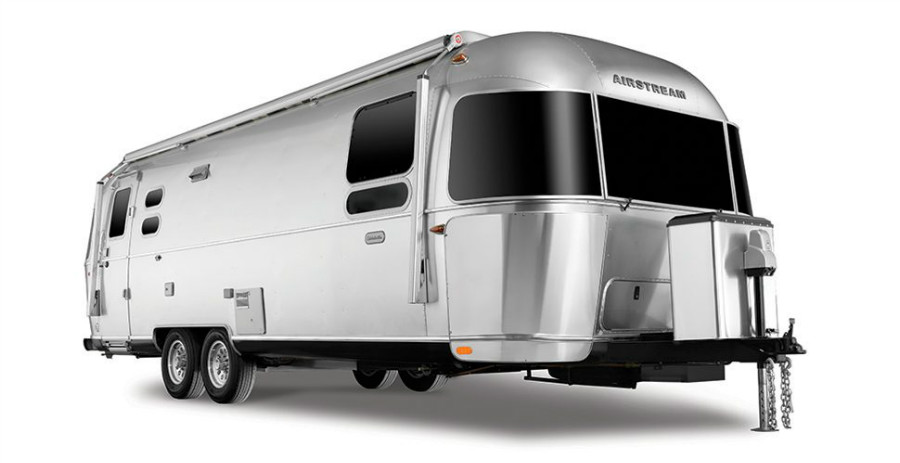 17-Airstream_MY18_Globetrotter_Overview_360-Product-Studio_Quarter-View-Level.jpg