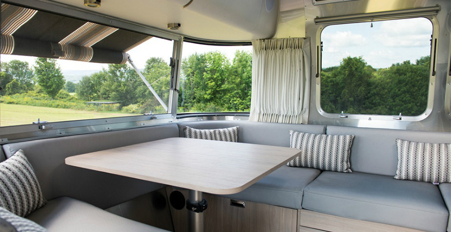 17-Airstream_MY18_Globetrotter_Overview_Modern-Design-Done-Right_Lifestyle-Lounge-Angle.jpg